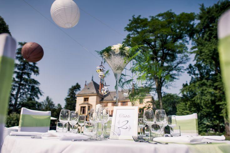 Domaine des Cèdres, Repas extérieur, Lanternes, Vases martini, centre de table