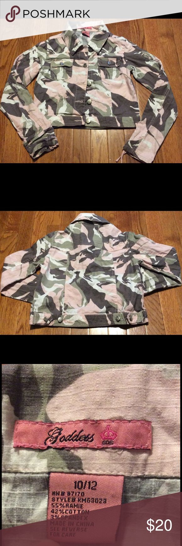 Cropped Pink Camo Jacket 10/12 Gently used, in good condition Goddess Jackets & Coats Jean Jackets