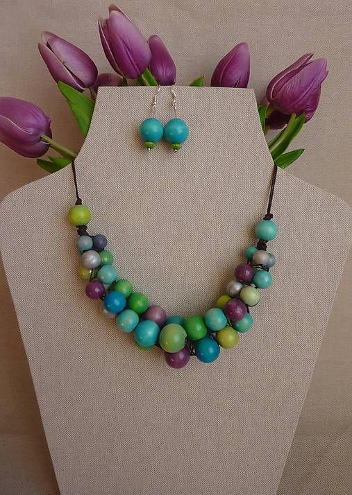RiaVall / Korálkový náhrdelník (tyrkysová, zelená, fialová, strieborná)