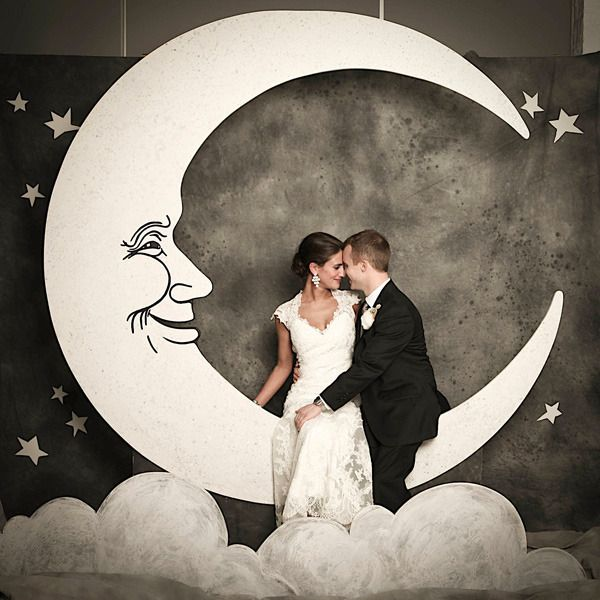 Such a romantic photo booth backdrop, perfect for wedding or engagement photos!