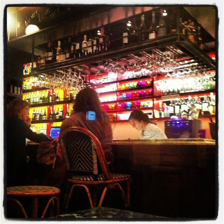 Heteroklito wine bar