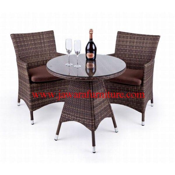 jawara furniture memproduksi set kursi teras rotan sintetis minimalis