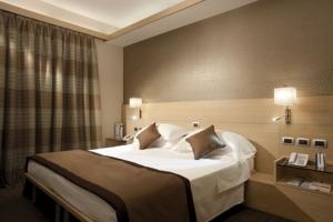 Booking.com: iQ Hotel Roma, Rome, Italy - 753 Guest reviews. Book your hotel now! $132pn
