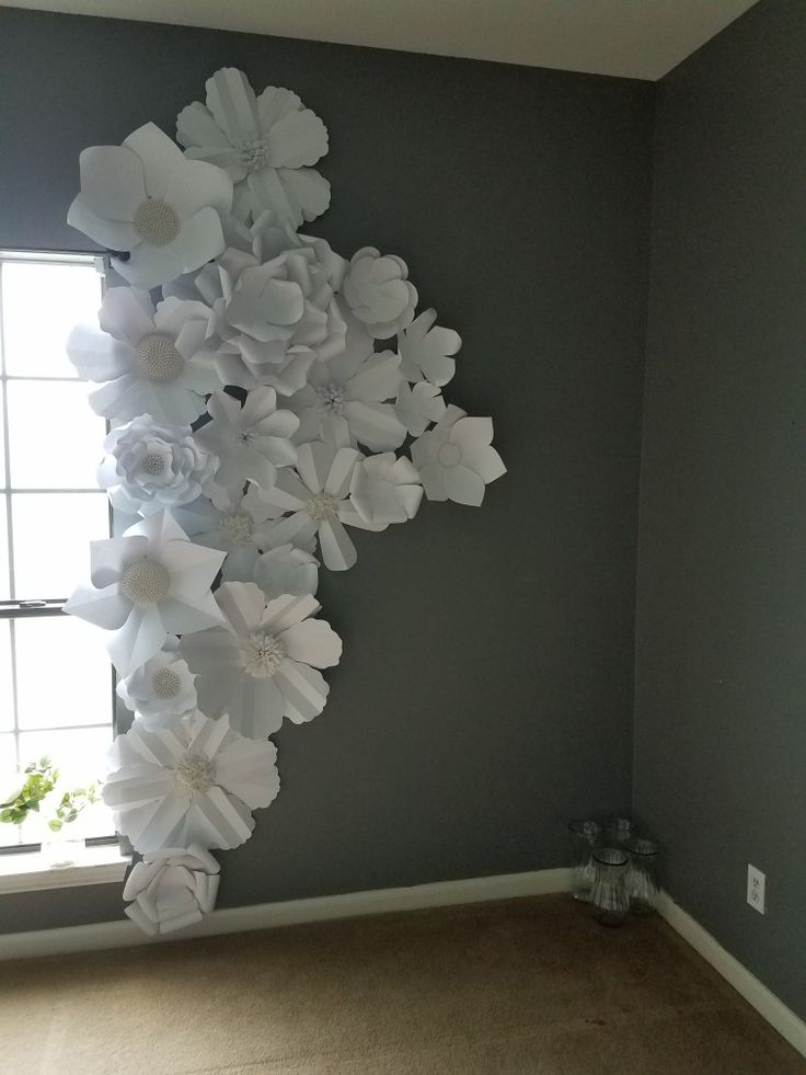 Love this as simple room décor for a girls room, or a backdrop for maybe a baby shower or bridal shower for opening gifts