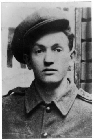 Portrait of Bezalel Adler, a member of the Hungarian Zionist youth resistance organization. 1944.