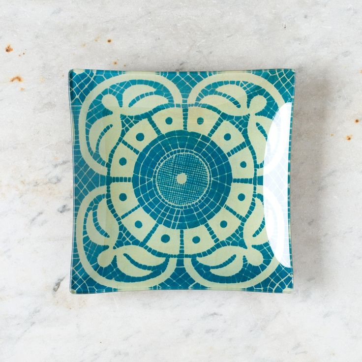 Cyanotype of lace pattern: blue flower un vide poche tray