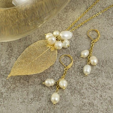 Collares mujer hoja natural disecada con perlas cultivadas, cadena en acero color oro.  Jewerly necklace choker