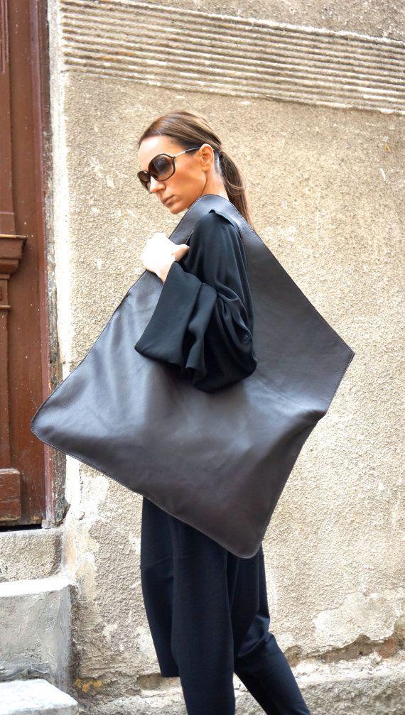 NEW Genuine Leather Black Bag / High Quality Tote por Aakasha