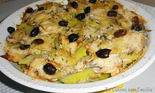 Alici e patate con olive in tortiera