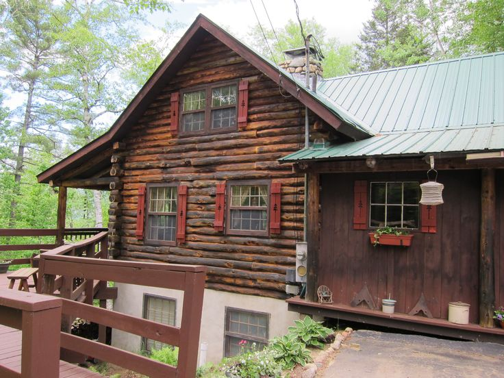 1000+ images about Log cabin shutters on Pinterest | Red ...