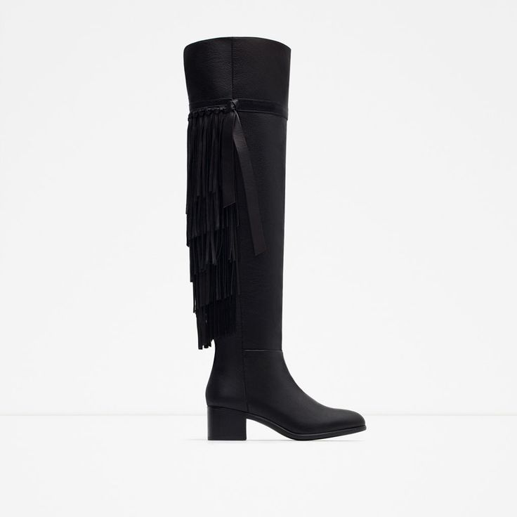 Image 1 of FLAT LEATHER BOOTS WITH FRINGE from Zara