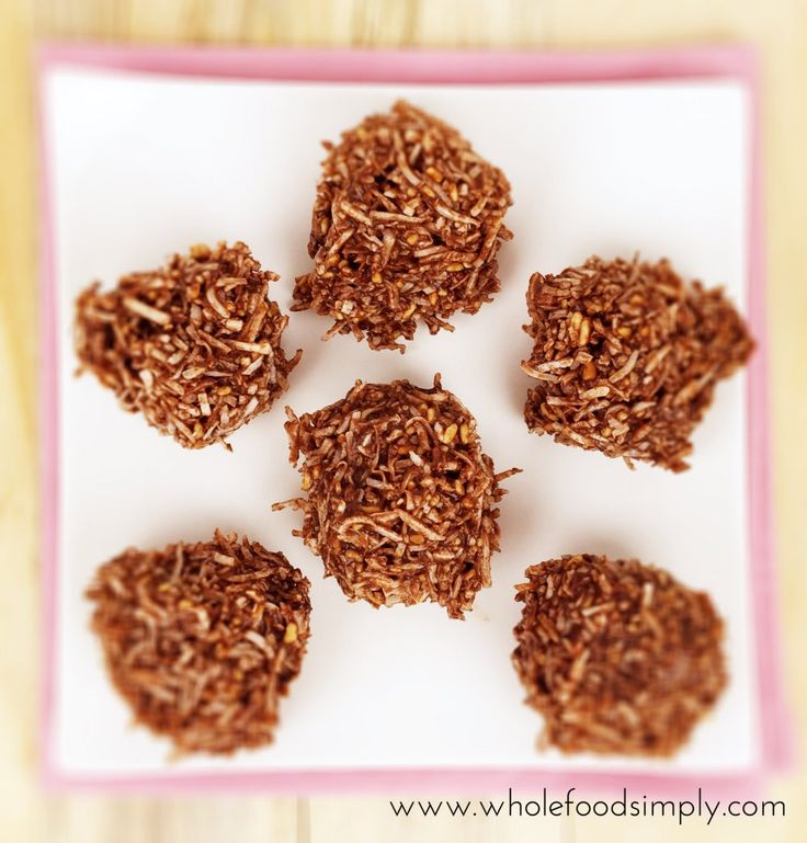 Chocolate Spiders. Quick, easy, delicious. Free from gluten, grains, dairy, egg and refined sugar.