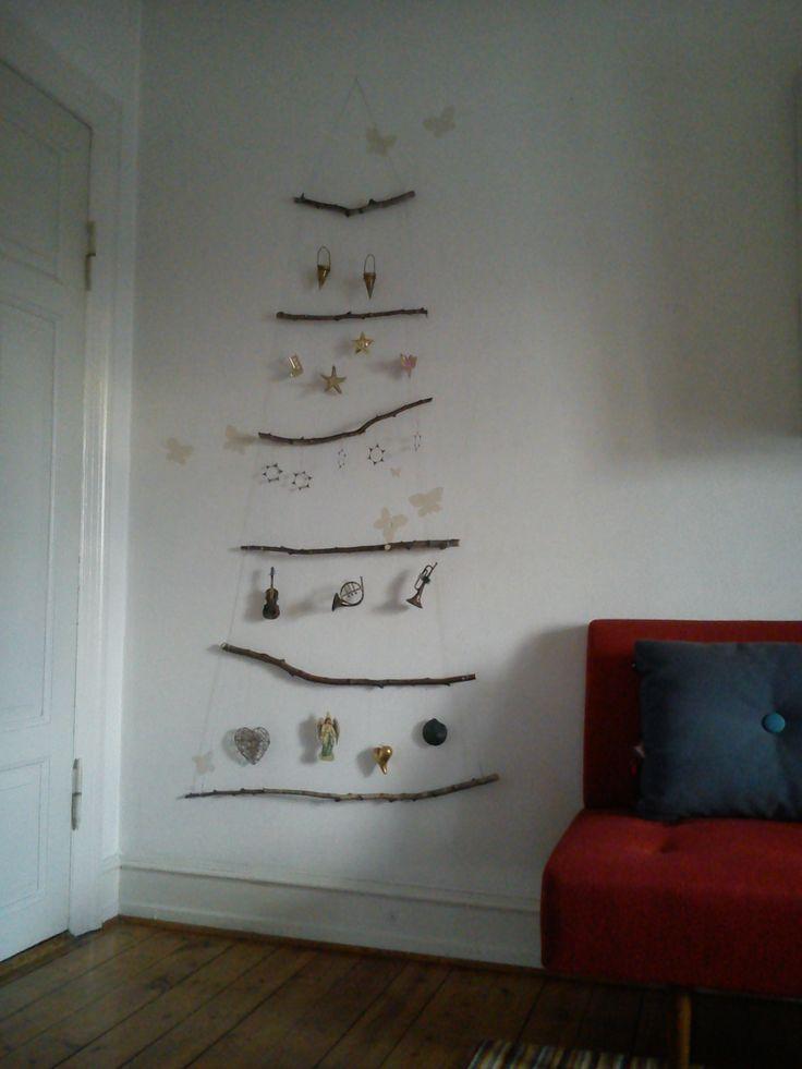 Et juletræ kan godt være en smal sag.