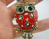 love the red and black owl