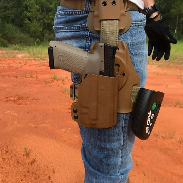 Holster love from @hltactical with First shots of the CZ P10C