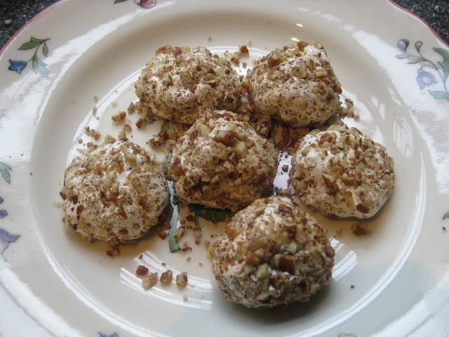 Food Lust People Love: Divinity Fudge or Pecan-Covered Divinity Fluff Balls*