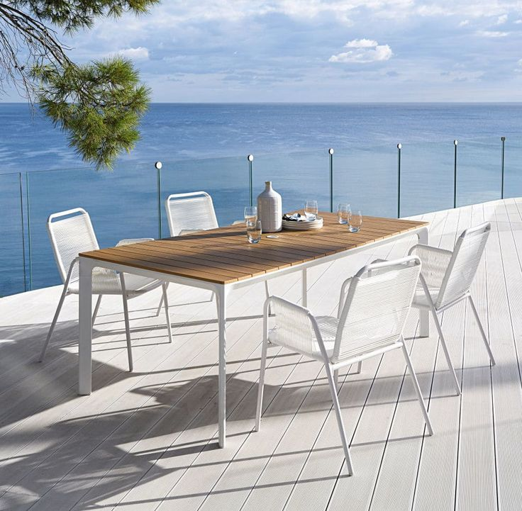 Gartentisch aus weißem Aluminium für 6/8 Personen L200
