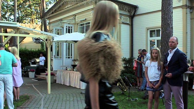 "Показ коллекции шуб 2014 от ателье ""TSARINA""."