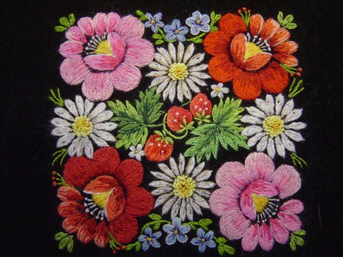 Sirje Tüür - Estonian hand embroidery