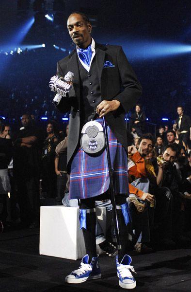 Snoop dogg wearing converse - photo#9