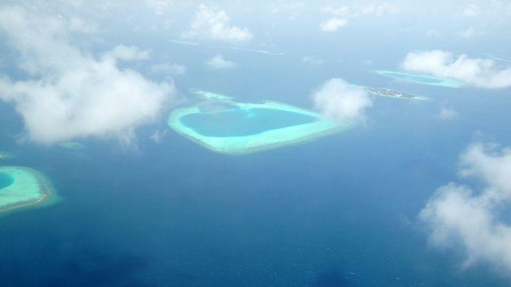 Pohled na ostrůvky v Maledivách