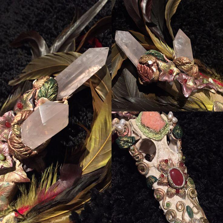 Details - Ekaterina Tardif's art. Staff. посох ручная работа- череп крокодила, розовый кварц, авантюрин, агаты, сердолик, жемчуг #екатеринатардиф #ekaterinatardif #miroirdefantomes.com