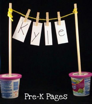 Clothesline Names -  Pinned by @PediaStaff – Please Visit http://ht.ly/63sNt for all our pediatric therapy pins: Good Ideas, Workideas Lovemyjob, Cute Ideas, Kids Ideas, Apple Stuff, Children, Kindergarten Ideas, Education, Sight Word