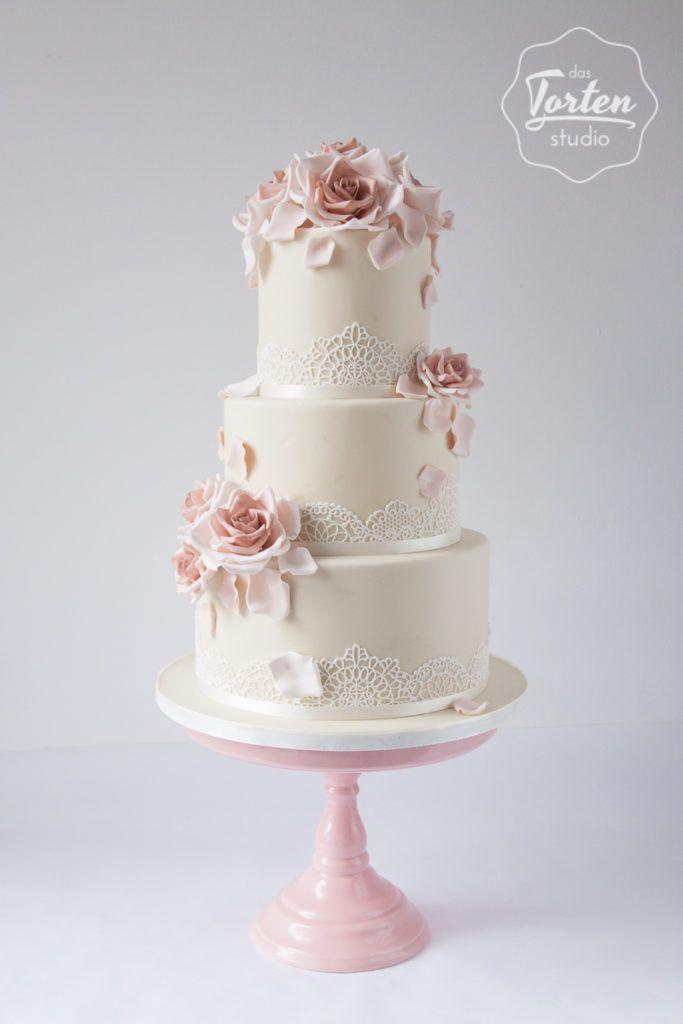 Vintage Wedding Cake Hochzeitstorte In Ivory Und Altrosa Mit