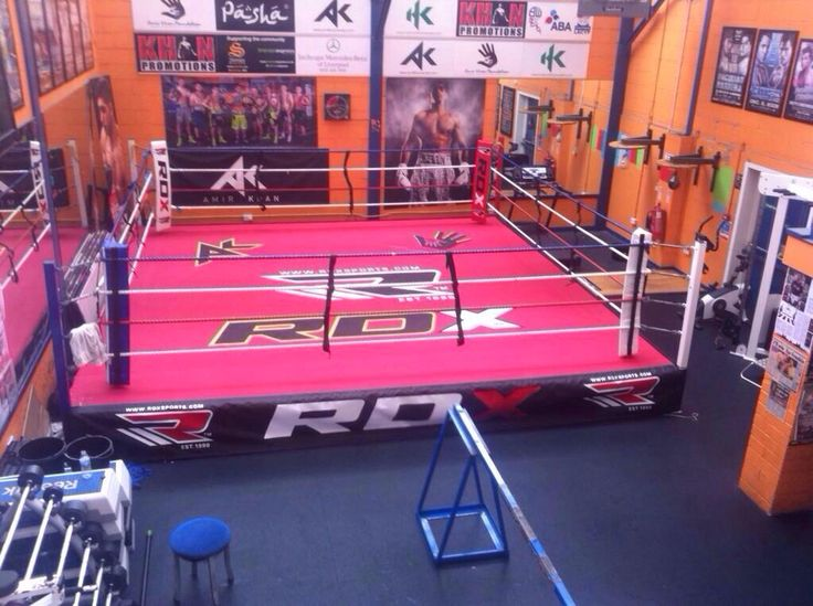 Boxing canvas for Amir khan, all canvas hand painted.
