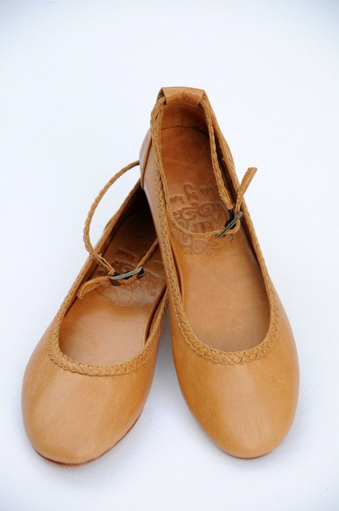 ELF - Brown leather womens flat shoes. Handcrafted from high quality softest leather.