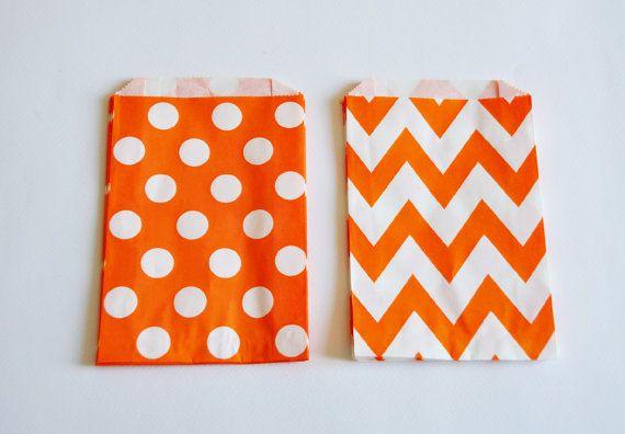 10 Sacchetti di carta chevron arancio / Orange di Partytude