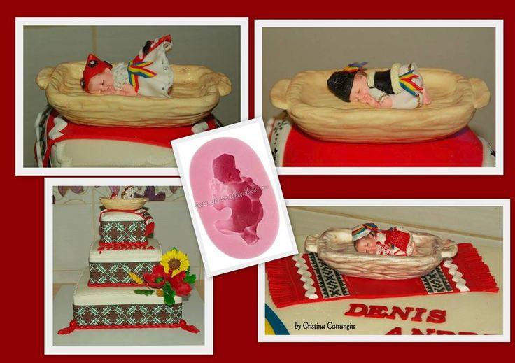 Sa va aratam bebelusi in costume populare <3, iar pe pagina de FB a dnei. Cristina Catrangiu veti gasi chiar si un aranjament candy bar in stil etno :) #mulajdinsilicon bebelus dormind pe burta https://decoratiunidulci.ro/corpuri-umane-si-bebelusi/32-bebelus-dormind-pe-burta.html #foaiedinpastadezahar imrpimata cu cernealacomestibila https://decoratiunidulci.ro/folcloric  SURSA: https://www.facebook.com/catrangiu.cristina?fref=ts  #decoratiunidulci