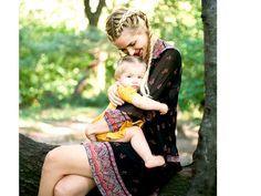 Die Mutter-Kind-Beziehung ist eine der stärksten und wichtigsten Bindungen des Lebens. Wenn man es richtig angeht. Als Mutter sollte man eine gesunde Balance zwischen Autoritätsperson und Freundin für das eigene Kind sein. Diese fünf Sätze helfen dabei.