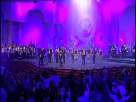 Israel Houghton Ft T Bone Te Amo versión español Video Oficial con letra) - YouTube