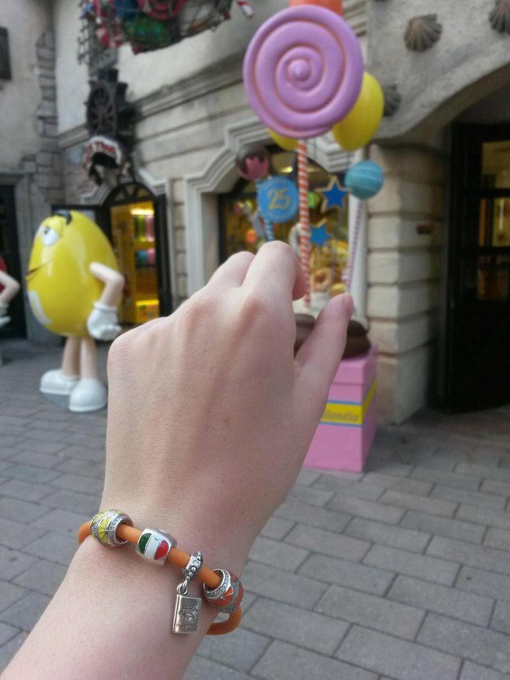 """Рубрика """"Мой первый браслет Diamare"""": 💎   """"Этот летний браслет путешествует со мной по Италии! 😊🇮🇹💕"""". ✨"""