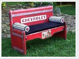 What a cute bench from a pickup tailgate!