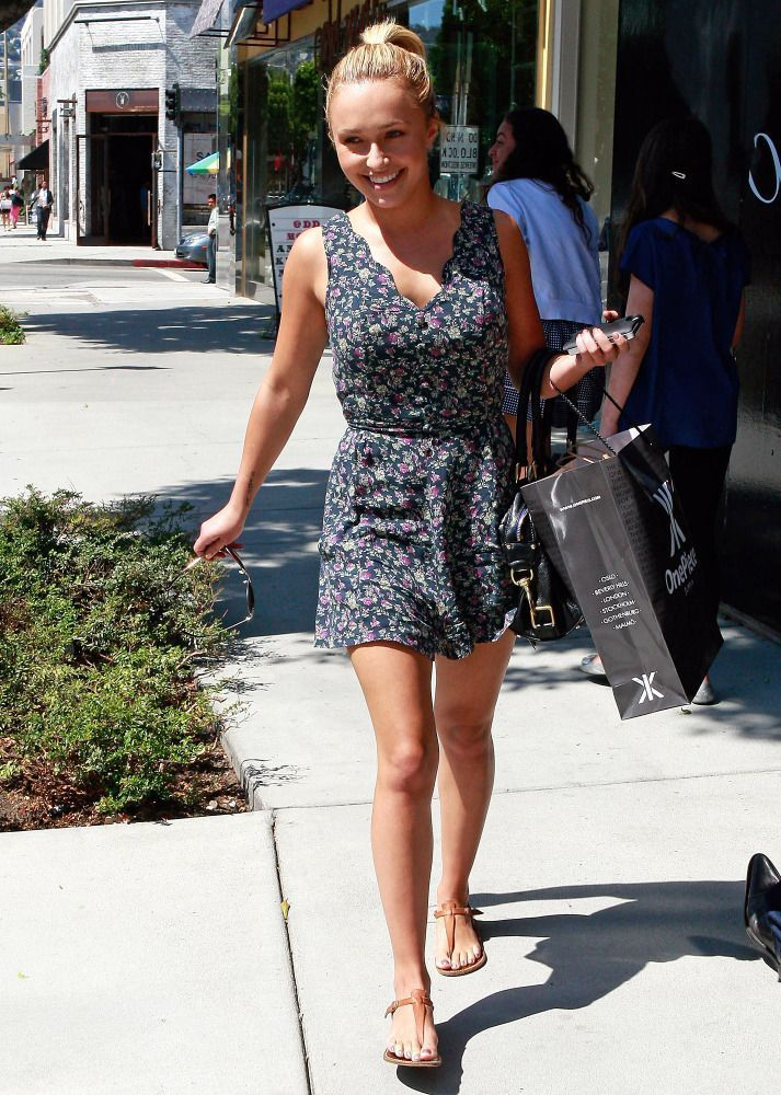Hayden Panettiere - Petite celebrities with style.  Re-pin via petitestyleonline.com