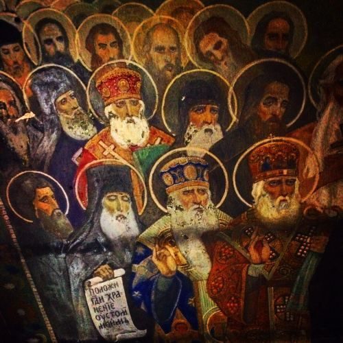 Nel XIX secolo a Karaköy vennero costruiti degli ospizi-monasteri per accogliere i pellegrini russi che andavano o a Gerusalemme o sul monte Athos in Grecia. Erano luoghi che ospitavano anche gli...