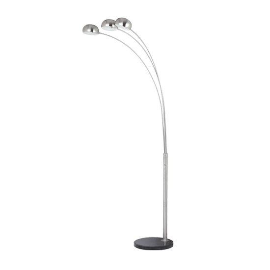 #Μοντέρνο #φωτιστικό #δαπέδου από μέταλλο σε νίκελ χρώμα. Για μεγαλύτερη οικονομία στην κατανάλωση ενέργειας προτείνουμε να επιλέξετε λαμπτήρες LED: http://kourtakis-lighting.gr/36-led-lampes-E14