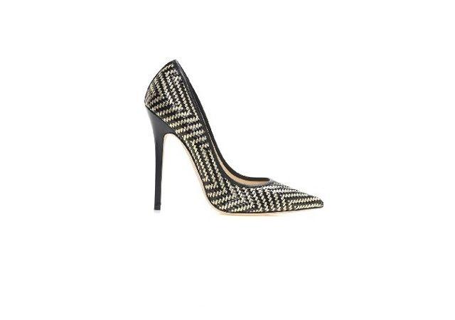 Yeni sezon kadın ayakkabıları ve abiye ayakkabı modelleri için kadın ayakkabı markaları koleksiyonlarında yer alan 2015 kadın ayakkabısı modelleri sayfalarımızdan beğeninize sunulmaktadır.