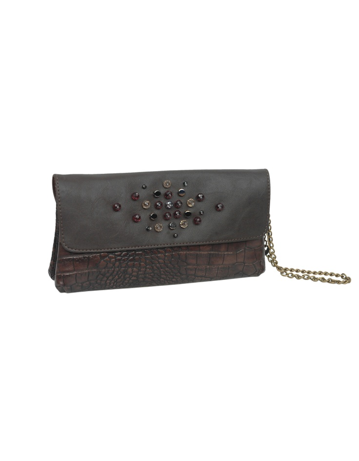 For a late evening party or an ethnic do, this clutch from Baggit is a great way to up your style.