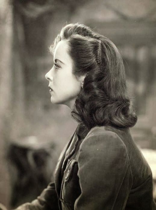 1945 Hairstyles Google Search Popular Vintage Hairstyles In 2019