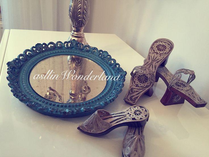 Trabzon takunyalarıyla dekor ve polyester boyama mavi dantel eskitmeli tepsi #polyester #tepsi #decor #home #diy