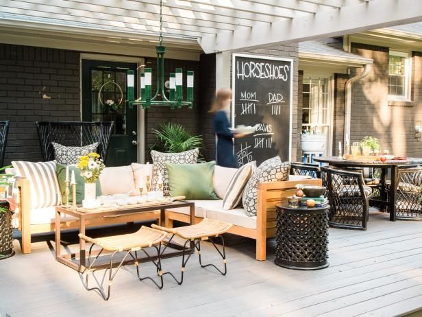 We'll show you how to create the perfect atmosphere for a classic, fall-themed backyard party your guests will love.