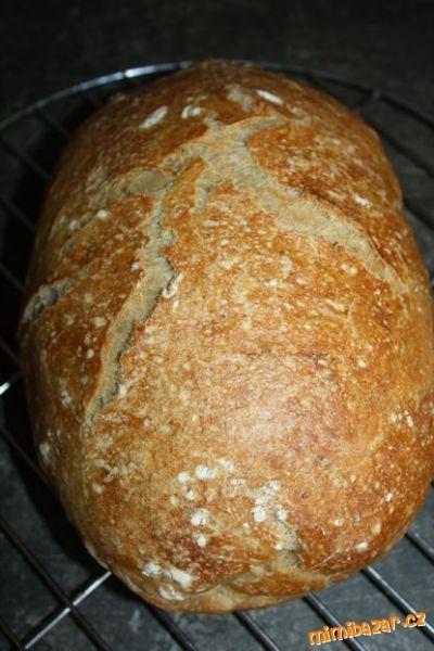 Křupavý chleba / jde to i bez kvásku :-)  - S POSTUPEM