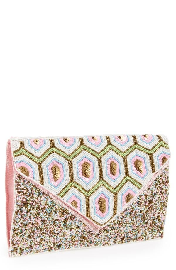 Gorgeous for prom. Love the bead work on this pink clutch.