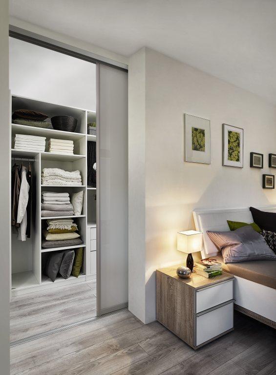 Die besten 25+ versteckte Türen Ideen auf Pinterest Geheime - schlafzimmer begehbarer kleiderschrank