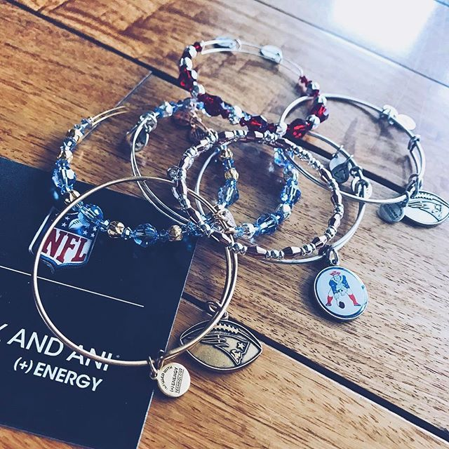 GO PATS!! Super excited to watch the game tonight, I'm fully geared up with my @alexandani bangles, #patriots socks, hat, and shirt  #winning #