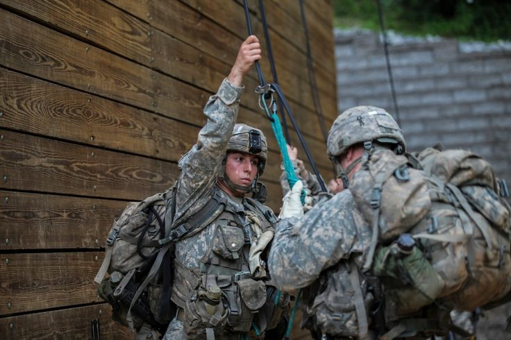 Ranger School officer combats rumors about how women passed in pointed Facebook post