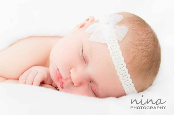 Auckland base photographer. Newborn Baby Photos